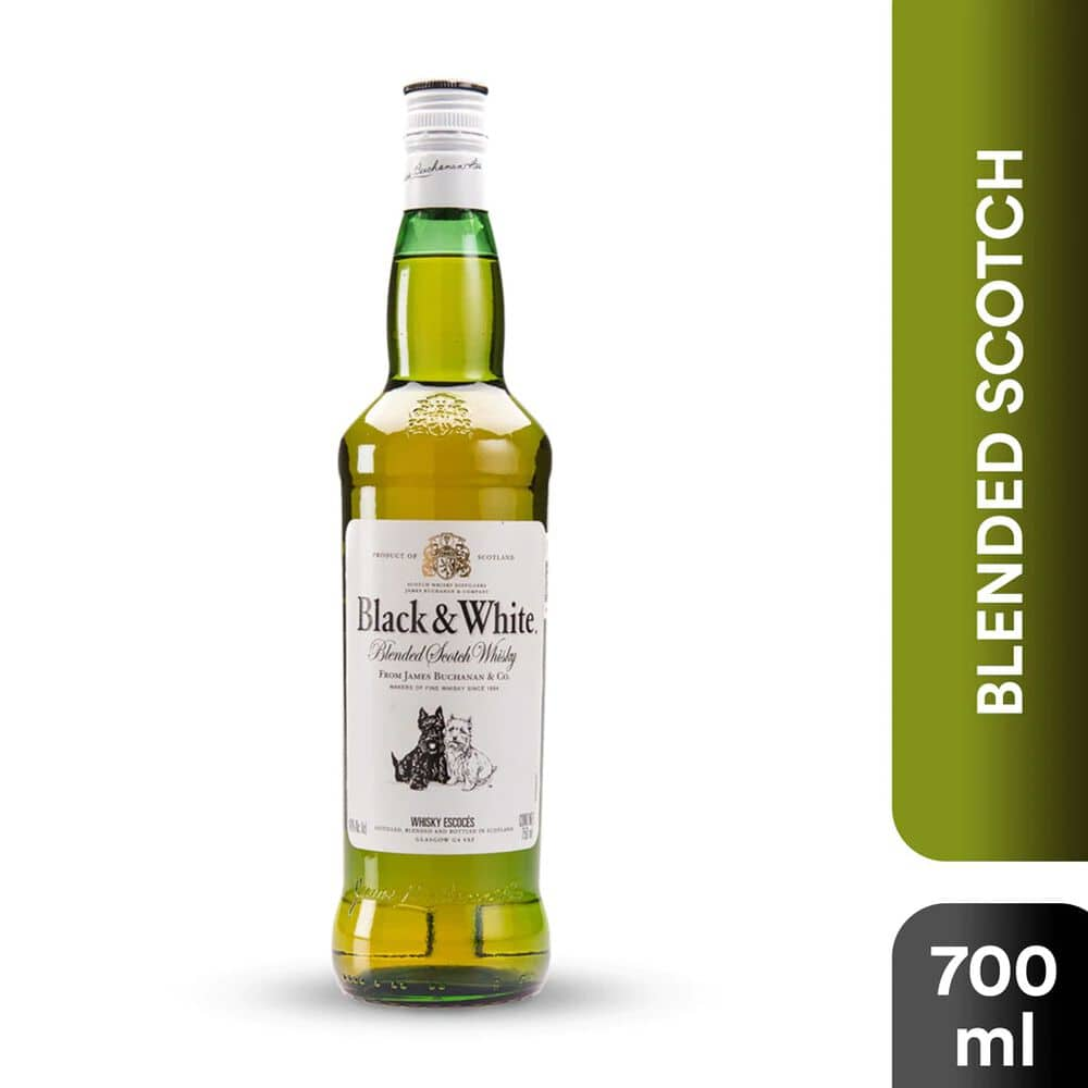 Whisky Black And White 700 ml image number 0